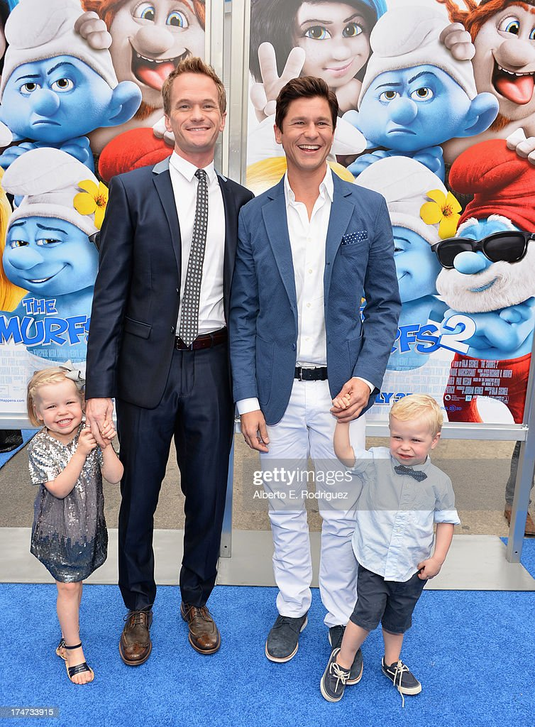 Actor <a gi-track='captionPersonalityLinkClicked' href=/galleries/search?phrase=Neil+Patrick+Harris&family=editorial&specificpeople=210509 ng-click='$event.stopPropagation()'>Neil Patrick Harris</a> (2nd-L), <a gi-track='captionPersonalityLinkClicked' href=/galleries/search?phrase=David+Burtka&family=editorial&specificpeople=572242 ng-click='$event.stopPropagation()'>David Burtka</a> (2nd-R), Harper Grace Burtka-Harris (L), and Gideon Scott Burtka-Harris (R) attend the premiere Of Columbia Pictures' 'Smurfs 2' at Regency Village Theatre on July 28, 2013 in Westwood, California.