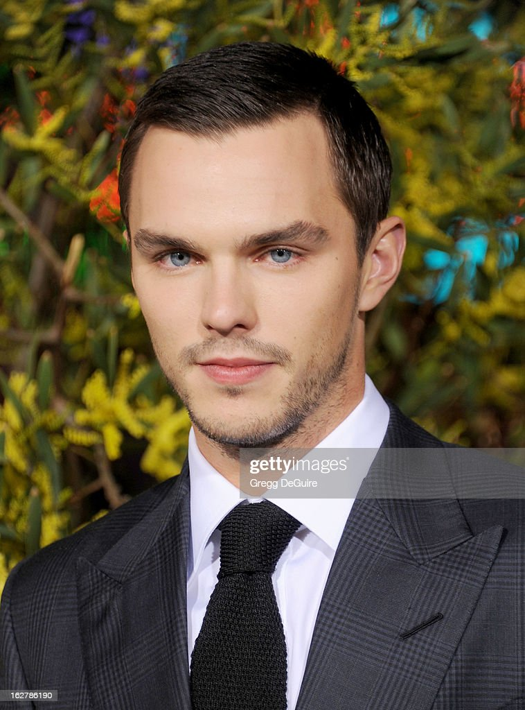 Actor <a gi-track='captionPersonalityLinkClicked' href=/galleries/search?phrase=Nicholas+Hoult&family=editorial&specificpeople=598892 ng-click='$event.stopPropagation()'>Nicholas Hoult</a> arrives at the Los Angeles premiere of 'Jack The Giant Slayer' at TCL Chinese Theatre on February 26, 2013 in Hollywood, California.