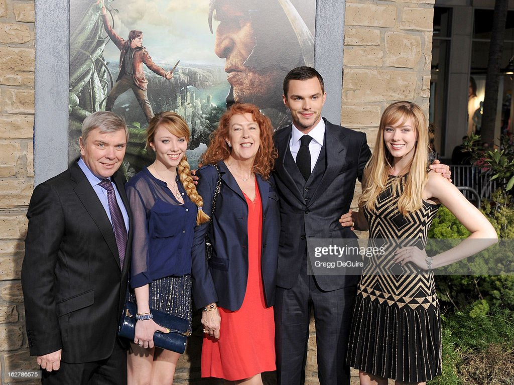 Actor <a gi-track='captionPersonalityLinkClicked' href=/galleries/search?phrase=Nicholas+Hoult&family=editorial&specificpeople=598892 ng-click='$event.stopPropagation()'>Nicholas Hoult</a> (2nd from right), dad Roger, mom Glenis, sisters Clarista Hoult and Rosie Hoult arrive at the Los Angeles premiere of 'Jack The Giant Slayer' at TCL Chinese Theatre on February 26, 2013 in Hollywood, California.