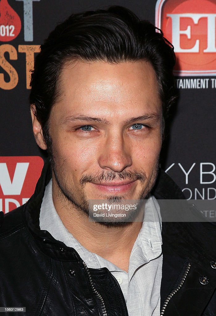 Actor <a gi-track='captionPersonalityLinkClicked' href=/galleries/search?phrase=Nick+Wechsler+-+Sk%C3%A5despelare&family=editorial&specificpeople=2210698 ng-click='$event.stopPropagation()'>Nick Wechsler</a> attends TV Guide Magazine's 2012 Hot List Party at SkyBar at the Mondrian Los Angeles on November 12, 2012 in West Hollywood, California.
