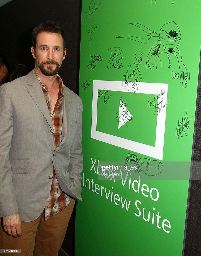 Actor <a gi-track='captionPersonalityLinkClicked' href=/galleries/search?phrase=Noah+Wyle&family=editorial&specificpeople=217263 ng-click='$event.stopPropagation()'>Noah Wyle</a> plays Xbox One at Comic-Con 2013 at the Hard Rock Hotel San Diego on July 19, 2013 in San Diego, California.