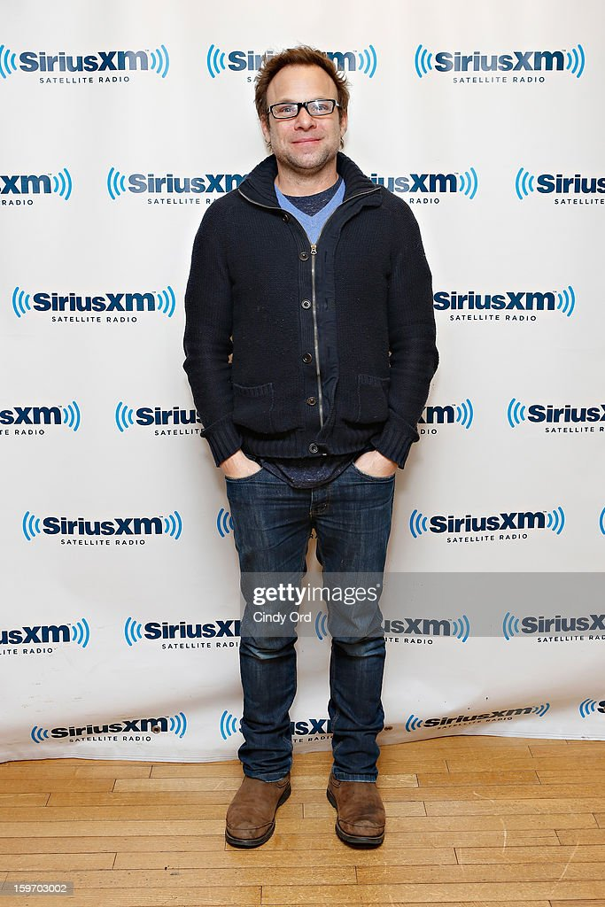 Actor Norbert Leo Butz visits the SiriusXM Studios on January 18, 2013 in New York City.
