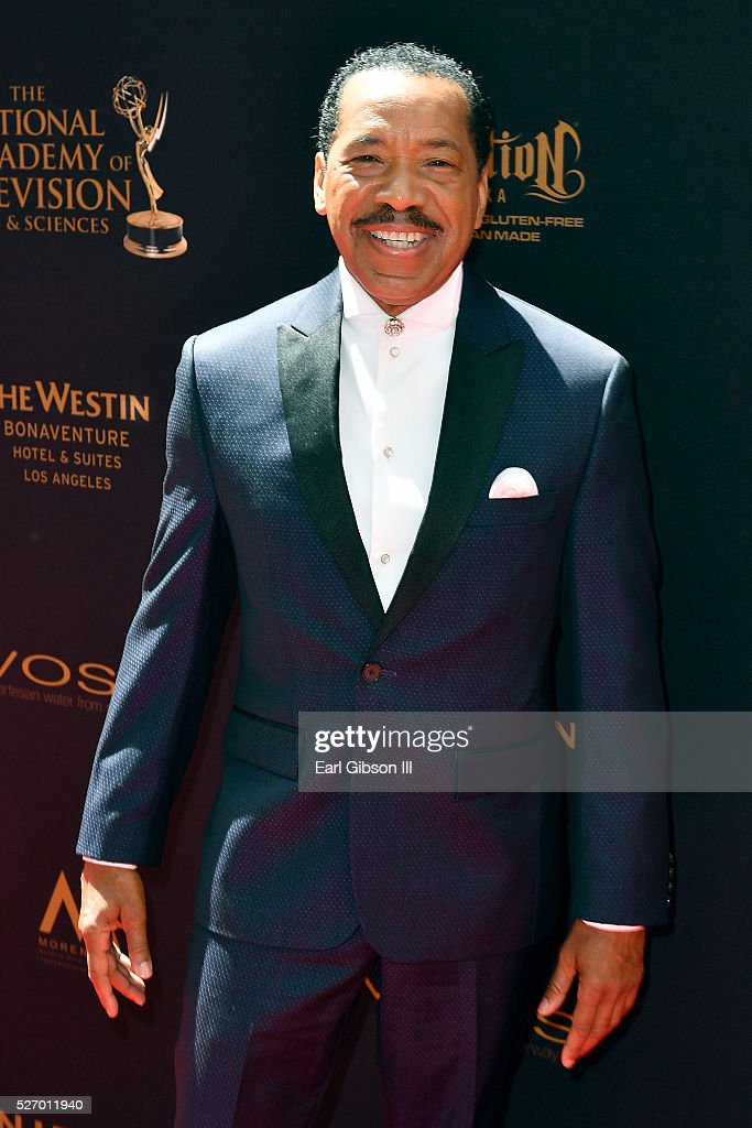 Actor <a gi-track='captionPersonalityLinkClicked' href=/galleries/search?phrase=Obba+Babatunde&family=editorial&specificpeople=225114 ng-click='$event.stopPropagation()'>Obba Babatunde</a> arrives at the 43rd Annual Daytime Emmy Awards at the Westin Bonaventure Hotel on May 1, 2016 in Los Angeles, California.