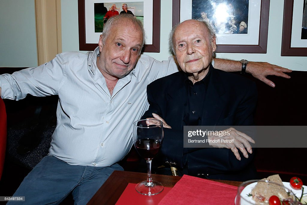 Actor of the piece Francois Berleand and Member of 'Academie francaise' and autor of the Piece, Rene de Obaldia attend 'Du vent dans les branches de Sassafras' Theater Play Live on France 2 TV Chanel. Held at Theatre Edouard VII on June 28, 2016 in Paris, France.