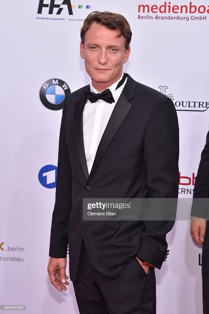 Actor <a gi-track='captionPersonalityLinkClicked' href=/galleries/search?phrase=Oliver+Masucci&family=editorial&specificpeople=13855536 ng-click='$event.stopPropagation()'>Oliver Masucci</a> attends the Lola - German Film Award (Deutscher Filmpreis) on May 27, 2016 in Berlin, Germany.