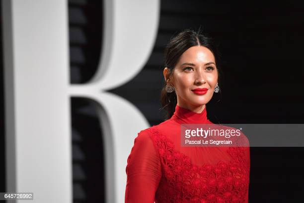 Actor Olivia Munn attends the 2017 Vanity Fair Oscar Party hosted by Graydon Carter at Wallis Annenberg Center for the Performing Arts on February 26...