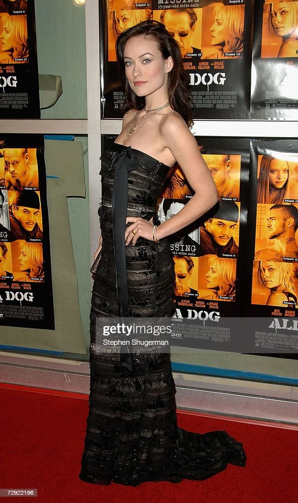 Actor <a gi-track='captionPersonalityLinkClicked' href=/galleries/search?phrase=Olivia+Wilde&family=editorial&specificpeople=235399 ng-click='$event.stopPropagation()'>Olivia Wilde</a> attends the premiere of Universal Pictures' 'Alpha Dog' at the Cinerama Dome on January 3, 2007 in Hollywood, California.