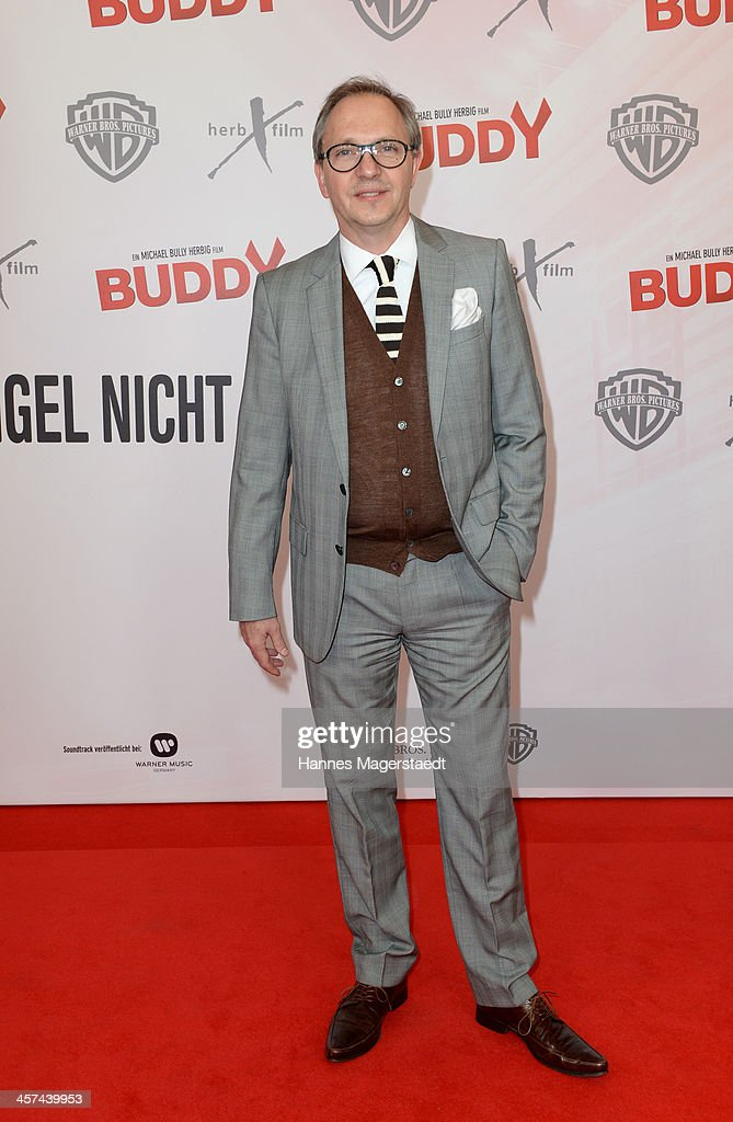 Actor <a gi-track='captionPersonalityLinkClicked' href=/galleries/search?phrase=Olli+Dittrich&family=editorial&specificpeople=625398 ng-click='$event.stopPropagation()'>Olli Dittrich</a> attends 'Buddy' Premiere at Mathaeser Filmpalast on December 17, 2013 in Munich, Germany.