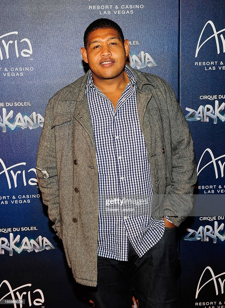 Actor Omar Benson arrives at the Las Vegas premiere of 'Zarkana by Cirque du Soleil' at the Aria Resort & Casino at CityCenter on November 9, 2012 in Las Vegas, Nevada.