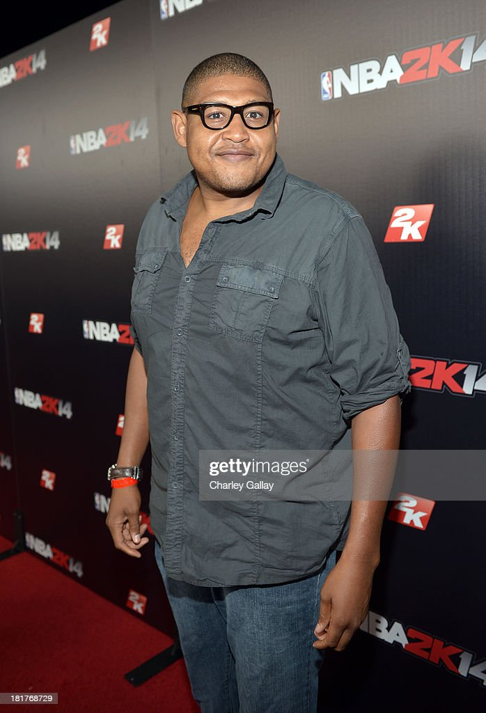 Actor Omar Benson Miller attends the NBA 2K14 premiere party at Greystone Manor on September 24, 2013 in West Hollywood, California.
