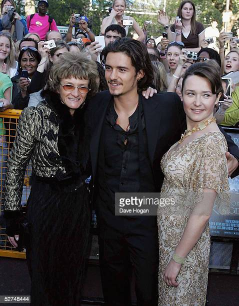 Actor Orlando Bloom his mother Sonia and his sister Samantha arrive at the European Premiere of 'Kingdom of Heaven' at the Empire Leicester Square on...