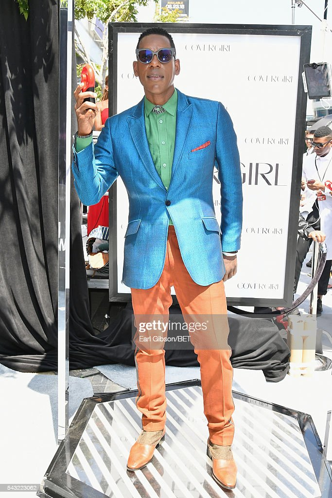 Actor <a gi-track='captionPersonalityLinkClicked' href=/galleries/search?phrase=Orlando+Jones&family=editorial&specificpeople=228483 ng-click='$event.stopPropagation()'>Orlando Jones</a> attends the Cover Girl glam stage during the 2016 BET Awards at the Microsoft Theater on June 26, 2016 in Los Angeles, California.