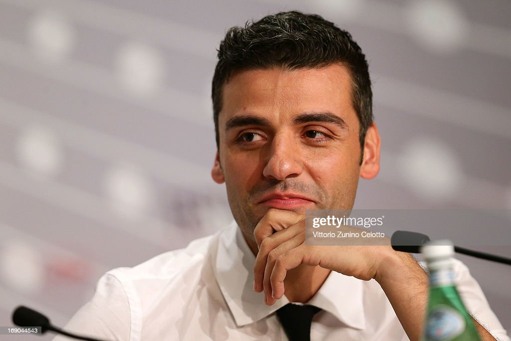 Actor <a gi-track='captionPersonalityLinkClicked' href=/galleries/search?phrase=Oscar+Isaac&family=editorial&specificpeople=2275888 ng-click='$event.stopPropagation()'>Oscar Isaac</a> attends the 'Inside Llewyn Davis' Press Conference during The 66th Annual Cannes Film Festival at Palais des Festivals on May 19, 2013 in Cannes, France.