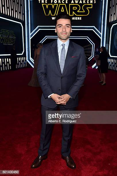 "Actor Oscar Isaac attends the World Premiere of ""Star Wars The Force Awakens"" at the Dolby El Capitan and TCL Theatres on December 14 2015 in..."