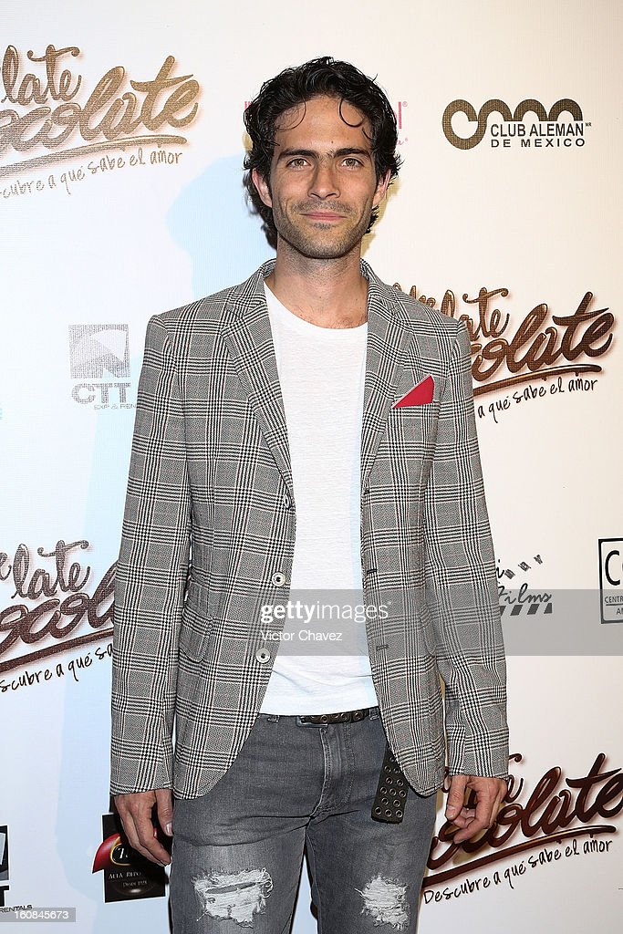 Actor Osvaldo Benavides attends the 'Me Late Chocolate' Mexico City premiere at Cinemex WTC on February 6, 2013 in Mexico City, Mexico.