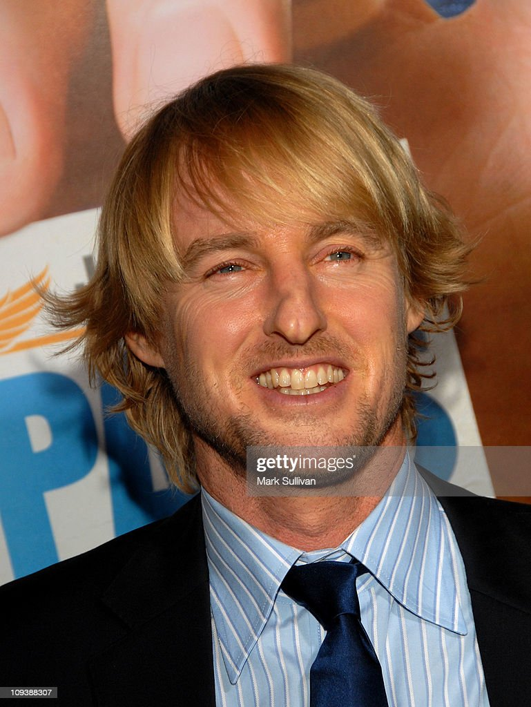 Actor <a gi-track='captionPersonalityLinkClicked' href=/galleries/search?phrase=Owen+Wilson&family=editorial&specificpeople=202027 ng-click='$event.stopPropagation()'>Owen Wilson</a> arrives for the Los Angeles Premiere of 'Hall Pass' at ArcLight Cinemas Cinerama Dome on February 23, 2011 in Hollywood, California.