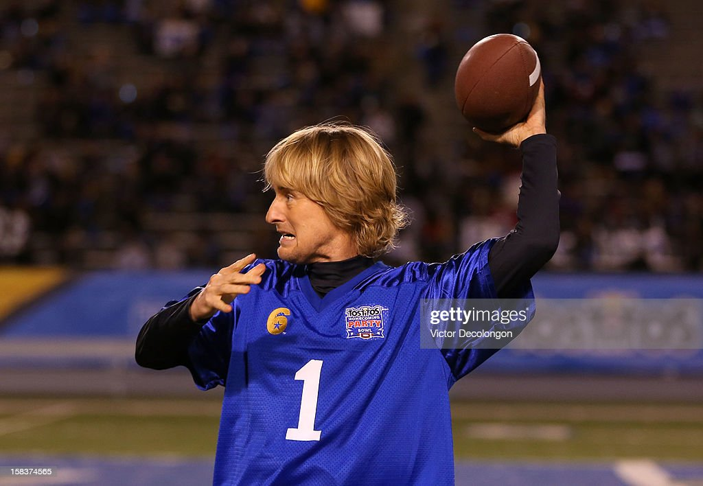 Actor Owen Wilson warms up prior to the Got Your 6 And Pat Tillman Foundation Benefit game on December 13, 2012 in Norwalk, California.