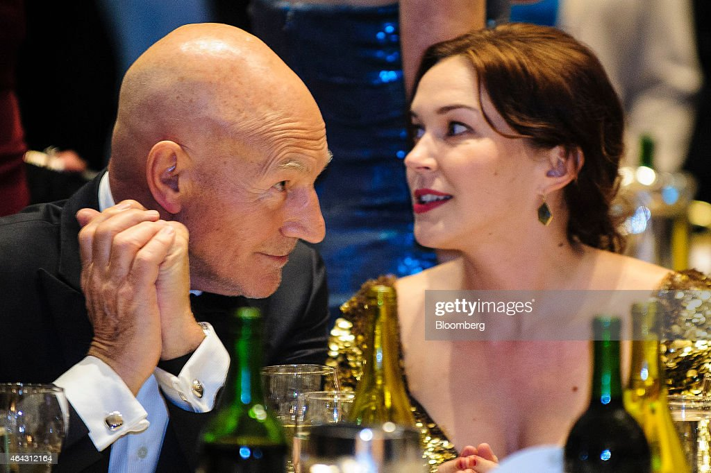 Actor <a gi-track='captionPersonalityLinkClicked' href=/galleries/search?phrase=Patrick+Stewart&family=editorial&specificpeople=203271 ng-click='$event.stopPropagation()'>Patrick Stewart</a>, left, attends the White House Correspondents' Association (WHCA) dinner in Washington, D.C., U.S., on Saturday, April 27, 2013. The 99th annual dinner raises money for WHCA scholarships and honors the recipients of the organization's journalism awards. Photographer: Pete Marovich/Bloomberg via Getty Images
