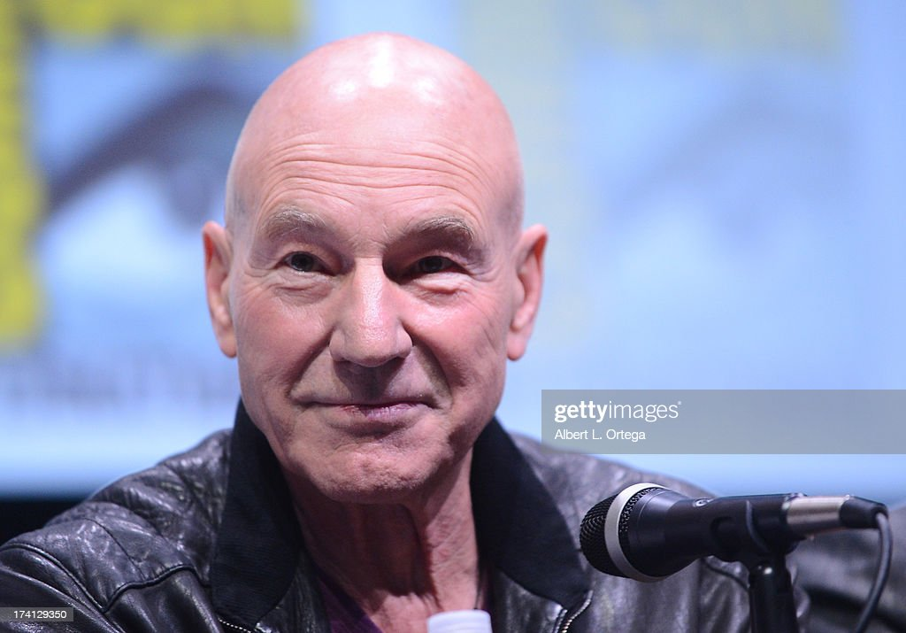Actor <a gi-track='captionPersonalityLinkClicked' href=/galleries/search?phrase=Patrick+Stewart&family=editorial&specificpeople=203271 ng-click='$event.stopPropagation()'>Patrick Stewart</a> speaks at the 20th Century Fox 'X-Men: Days of Future Past' panel during Comic-Con International 2013 at San Diego Convention Center on July 20, 2013 in San Diego, California.