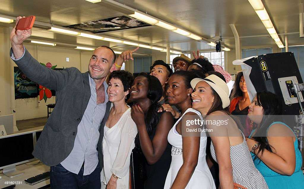 Actor Paul Blackthorne and CoDirector of BAFTA Sharyn Ross with film school students attend the BAFTA LA Outreach Project at Washington Prep High...