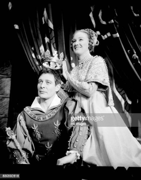 Actor Paul Daneman playing King Arthur in the musical Camelot at the Theatre Royal Drury Lane London being crowned by leading lady Elizabeth Larner...