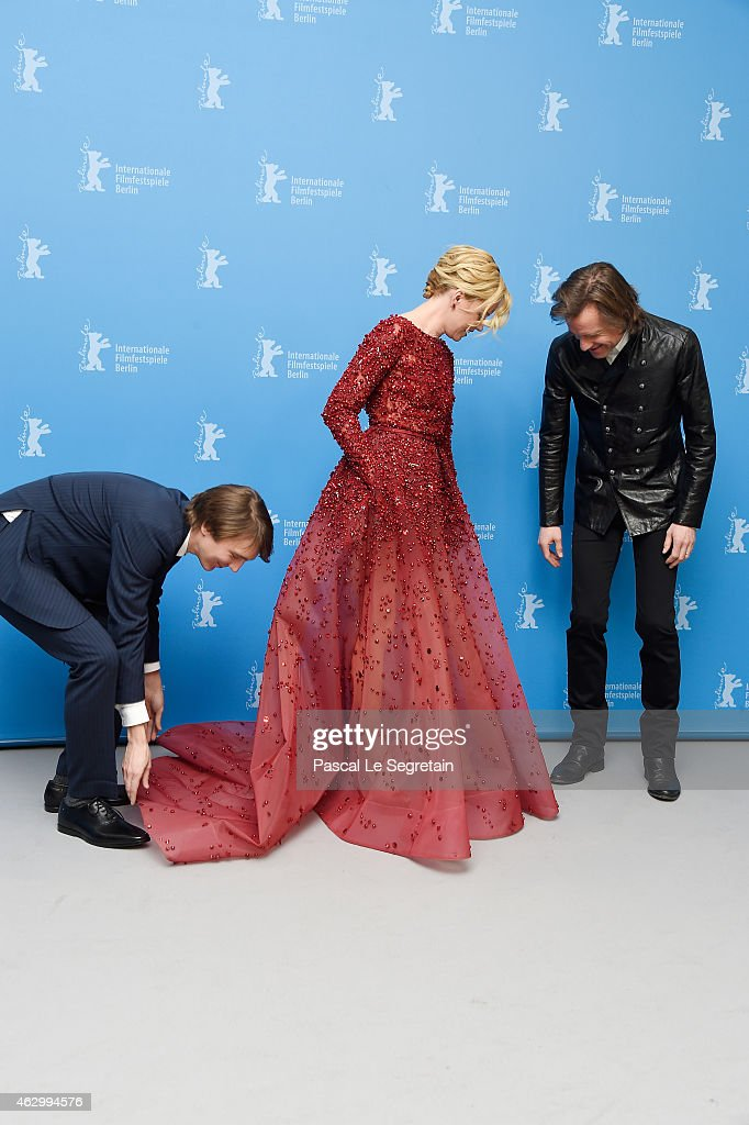 Actor <a gi-track='captionPersonalityLinkClicked' href=/galleries/search?phrase=Paul+Dano&family=editorial&specificpeople=550442 ng-click='$event.stopPropagation()'>Paul Dano</a>, actress <a gi-track='captionPersonalityLinkClicked' href=/galleries/search?phrase=Elizabeth+Banks&family=editorial&specificpeople=202475 ng-click='$event.stopPropagation()'>Elizabeth Banks</a> and director <a gi-track='captionPersonalityLinkClicked' href=/galleries/search?phrase=Bill+Pohlad&family=editorial&specificpeople=2255743 ng-click='$event.stopPropagation()'>Bill Pohlad</a> attend the 'Love & Mercy' photocall during the 65th Berlinale International Film Festival at Grand Hyatt Hotel on February 8, 2015 in Berlin, Germany.
