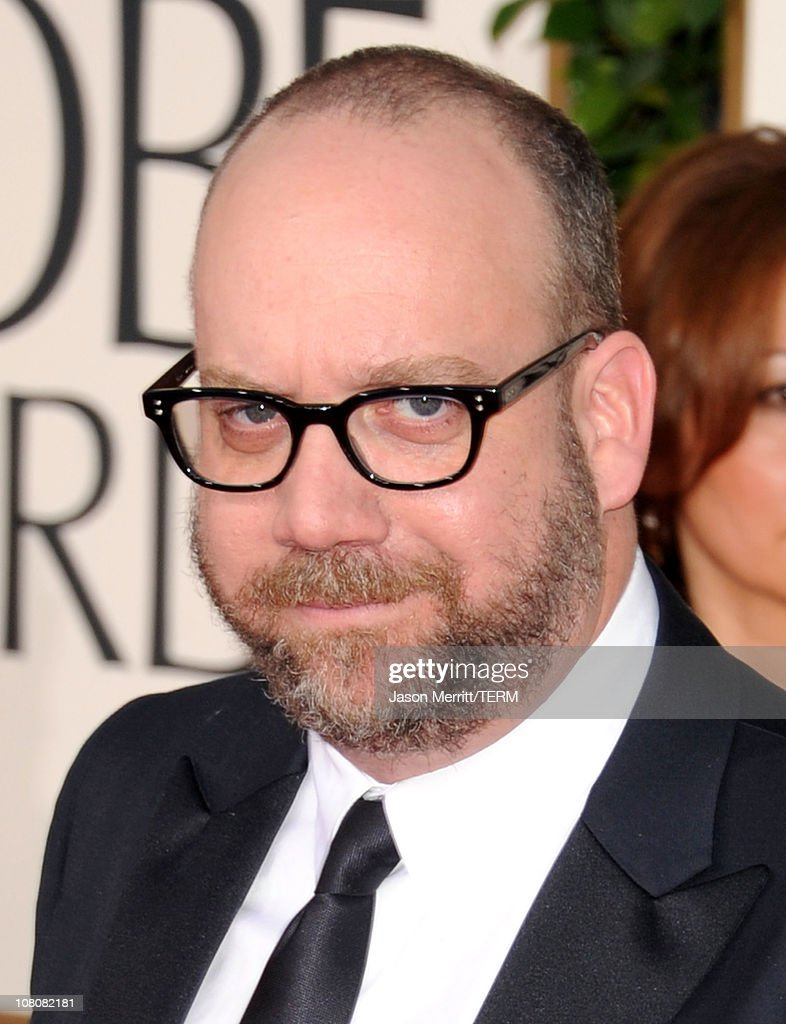 Actor Paul Giamatti arrives at the 68th Annual Golden Globe Awards held at The Beverly Hilton hotel on January 16, 2011 in Beverly Hills, California.