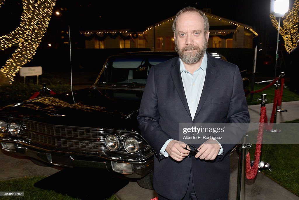 Actor <a gi-track='captionPersonalityLinkClicked' href=/galleries/search?phrase=Paul+Giamatti&family=editorial&specificpeople=202498 ng-click='$event.stopPropagation()'>Paul Giamatti</a> attends the U.S. Premiere Of Disney's 'Saving Mr. Banks' at Walt Disney Studios on December 9, 2013 in Burbank, California.