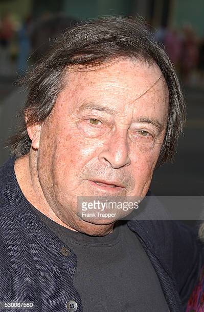 Actor Paul Mazursky arrives at the premiere of 'The Manchurian Candidate' in Los Angeles