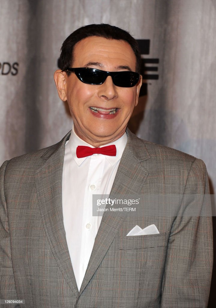 Actor <a gi-track='captionPersonalityLinkClicked' href=/galleries/search?phrase=Paul+Reubens+-+Actor&family=editorial&specificpeople=235408 ng-click='$event.stopPropagation()'>Paul Reubens</a> aka 'Pee-wee Herman' arrive at Spike TV's 'SCREAM 2011' awards held at Universal Studios on October 15, 2011 in Universal City, California.
