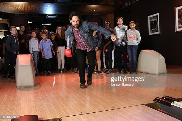 Actor Paul Rudd attends the 4th annual allstar bowling benefit supporting The Stuttering Association For The Young at Lucky Strike Lanes Lounge on...