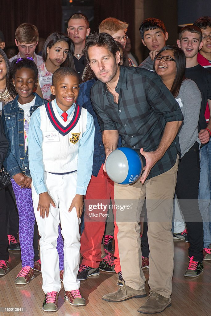 Actor <a gi-track='captionPersonalityLinkClicked' href=/galleries/search?phrase=Paul+Rudd&family=editorial&specificpeople=209014 ng-click='$event.stopPropagation()'>Paul Rudd</a> Bowls with kids at the <a gi-track='captionPersonalityLinkClicked' href=/galleries/search?phrase=Paul+Rudd&family=editorial&specificpeople=209014 ng-click='$event.stopPropagation()'>Paul Rudd</a> 2nd Annual All-Star Bowling Benefit at Lucky Strike on October 21, 2013 in New York City.