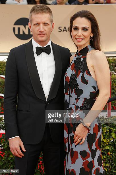 Actor Paul Sparks and actress Annie Parisse attend the 22nd Annual Screen Actors Guild Awards at The Shrine Auditorium on January 30 2016 in Los...