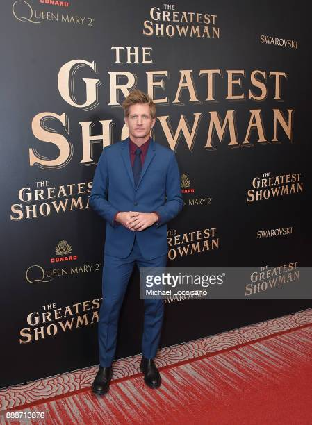 Actor Paul Sparks attends the 'The Greatest Showman' World Premiere aboard the Queen Mary 2 at the Brooklyn Cruise Terminal on December 8 2017 in the...