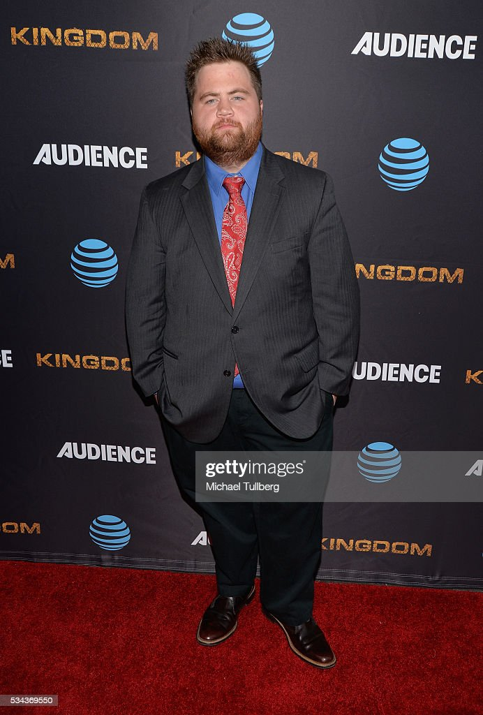 paul walter hauser youtube