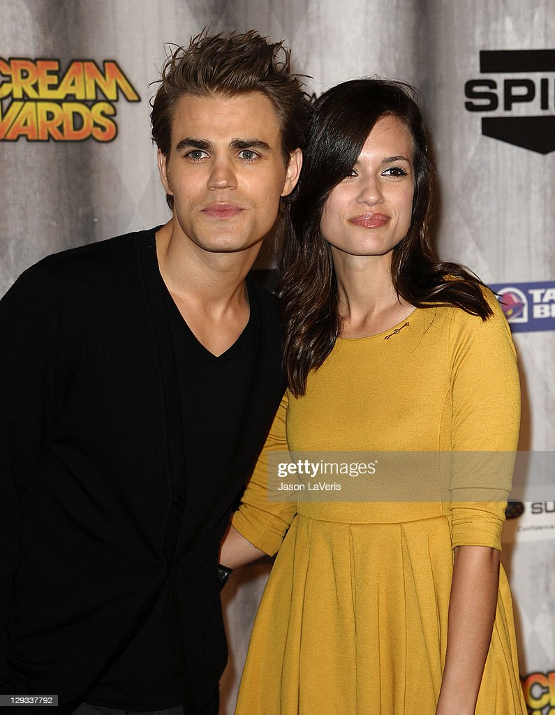 Actor <a gi-track='captionPersonalityLinkClicked' href=/galleries/search?phrase=Paul+Wesley&family=editorial&specificpeople=693176 ng-click='$event.stopPropagation()'>Paul Wesley</a> and actress <a gi-track='captionPersonalityLinkClicked' href=/galleries/search?phrase=Torrey+DeVitto&family=editorial&specificpeople=4357676 ng-click='$event.stopPropagation()'>Torrey DeVitto</a> attend Spike TV's 2011 Scream Awards at Gibson Amphitheatre on October 15, 2011 in Universal City, California.