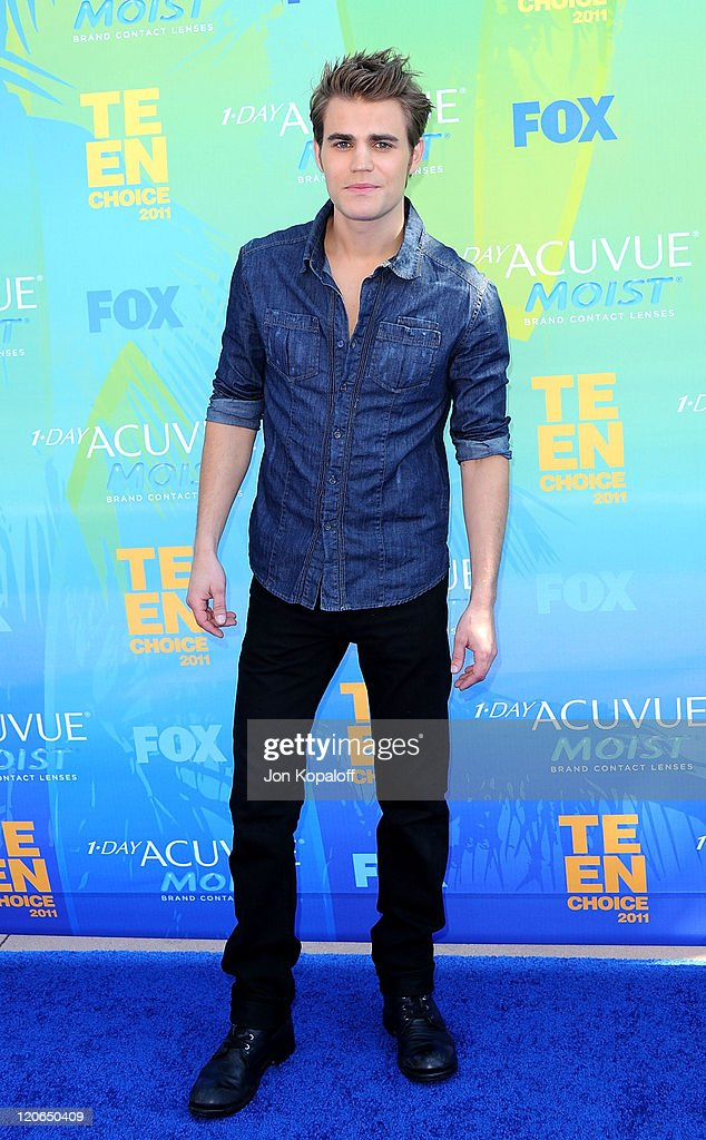 Actor <a gi-track='captionPersonalityLinkClicked' href=/galleries/search?phrase=Paul+Wesley&family=editorial&specificpeople=693176 ng-click='$event.stopPropagation()'>Paul Wesley</a> arrives at the 2011 Teen Choice Awards held at Gibson Amphitheatre on August 7, 2011 in Universal City, California.