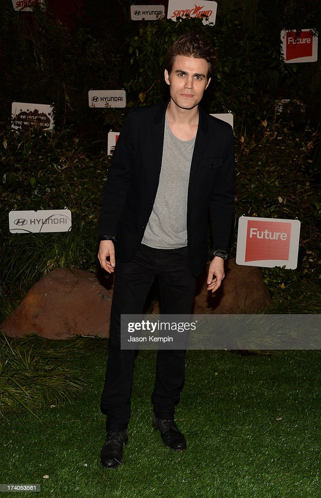 Actor <a gi-track='captionPersonalityLinkClicked' href=/galleries/search?phrase=Paul+Wesley&family=editorial&specificpeople=693176 ng-click='$event.stopPropagation()'>Paul Wesley</a> attends 'The Walking Dead' 10th Anniversary Celebration Event during Comic-Con 2013 on July 19, 2013 in San Diego, California.
