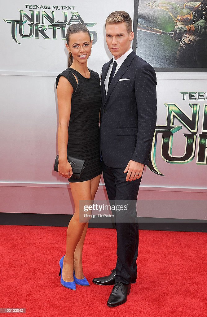 Actor Pete Ploszek and wife Daniela Kende arrive at the Los Angeles Premiere of 'Teenage Mutant Ninja Turtles' at Regency Village Theatre on August 3, 2014 in Westwood, California.