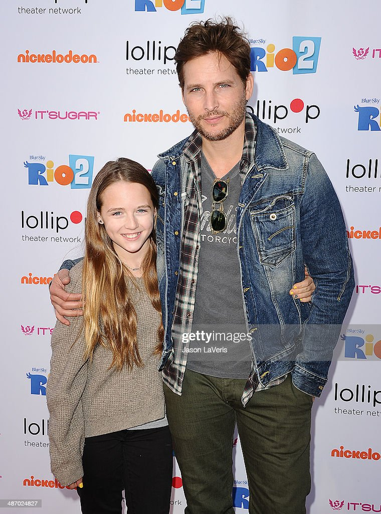 Actor Peter Facinelli and daughter Lola Ray Facinelli attend the Lollipop Theater Network's A Night Under The Stars at Nickelodeon Animation Studio on April 26, 2014 in Burbank, California.
