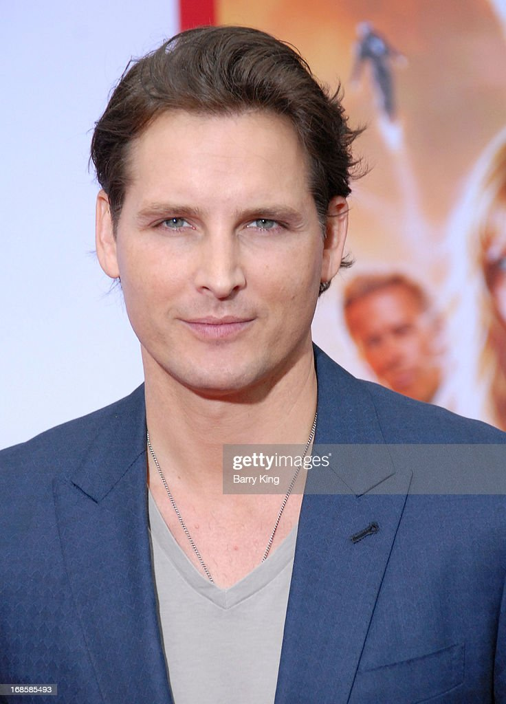 Actor Peter Facinelli arrives at the Los Angeles Premiere 'Iron Man 3' at the El Capitan Theatre on April 24, 2013 in Hollywood, California.