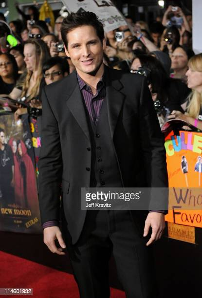 Actor Peter Facinelli arrives at 'The Twilight Saga New Moon' premiere held at the Mann Village Theatre on November 16 2009 in Westwood California