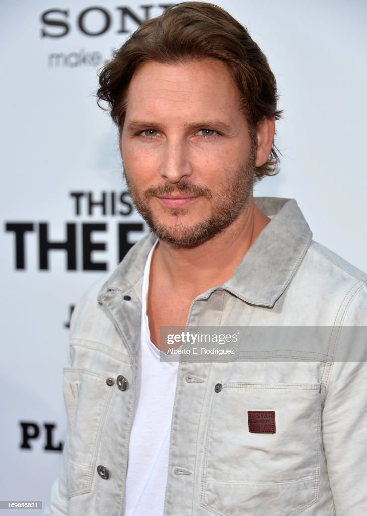 Actor <a gi-track='captionPersonalityLinkClicked' href=/galleries/search?phrase=Peter+Facinelli&family=editorial&specificpeople=233464 ng-click='$event.stopPropagation()'>Peter Facinelli</a> attends Columbia Pictures' 'This Is The End' premiere at Regency Village Theatre on June 3, 2013 in Westwood, California.
