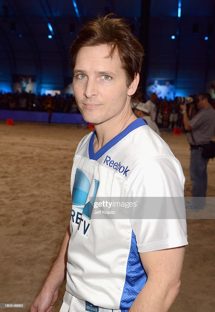 Actor Peter Facinelli attends DIRECTV'S 7th Annual Celebrity Beach Bowl at DTV SuperFan Stadium at Mardi Gras World on February 2, 2013 in New Orleans, Louisiana.