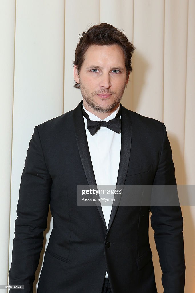 Actor <a gi-track='captionPersonalityLinkClicked' href=/galleries/search?phrase=Peter+Facinelli&family=editorial&specificpeople=233464 ng-click='$event.stopPropagation()'>Peter Facinelli</a> attends Grey Goose at 21st Annual Elton John AIDS Foundation Academy Awards Viewing Party at West Hollywood Park on February 24, 2013 in West Hollywood, California.