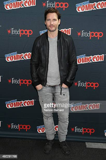 Actor Peter Facinelli attends the 'Supergirl' press room during New York Comic Con 2015 at The Jacob K Javits Convention Center on October 11 2015 in...