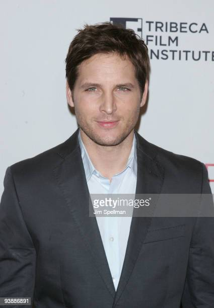 Actor Peter Facinelli attends Tribeca Film Institute's benefit screening of 'Everybody's Fine' at AMC Lincoln Square on December 3 2009 in New York...