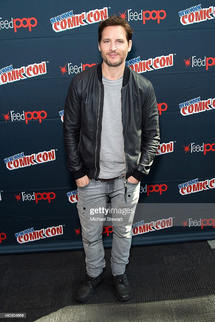 Actor Peter Facinelli poses in the press room for the 'Supergirl' panel during Comic Con Day 4 at The Jacob K. Javits Convention Center on October 11, 2015 in New York City.