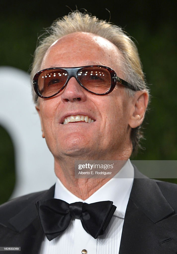 Actor <a gi-track='captionPersonalityLinkClicked' href=/galleries/search?phrase=Peter+Fonda&family=editorial&specificpeople=213498 ng-click='$event.stopPropagation()'>Peter Fonda</a> arrives at the 2013 Vanity Fair Oscar Party hosted by Graydon Carter at Sunset Tower on February 24, 2013 in West Hollywood, California.