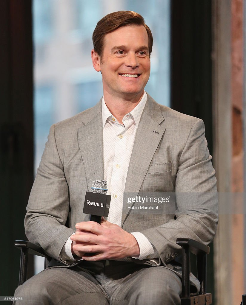 peter krause how tall